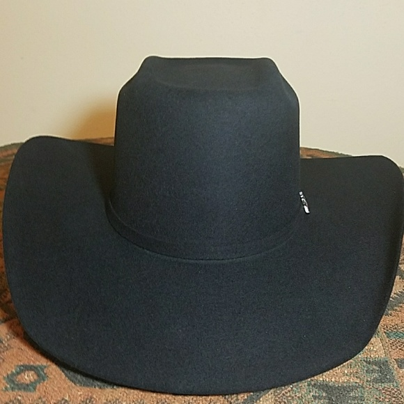 cd5334c129aa2 4X Black Wool Box Crease Cowboy Hat